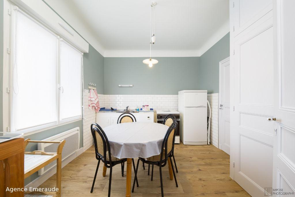 Location saisonnière Maison avec jardin centre Dinard  pour 4 personnes