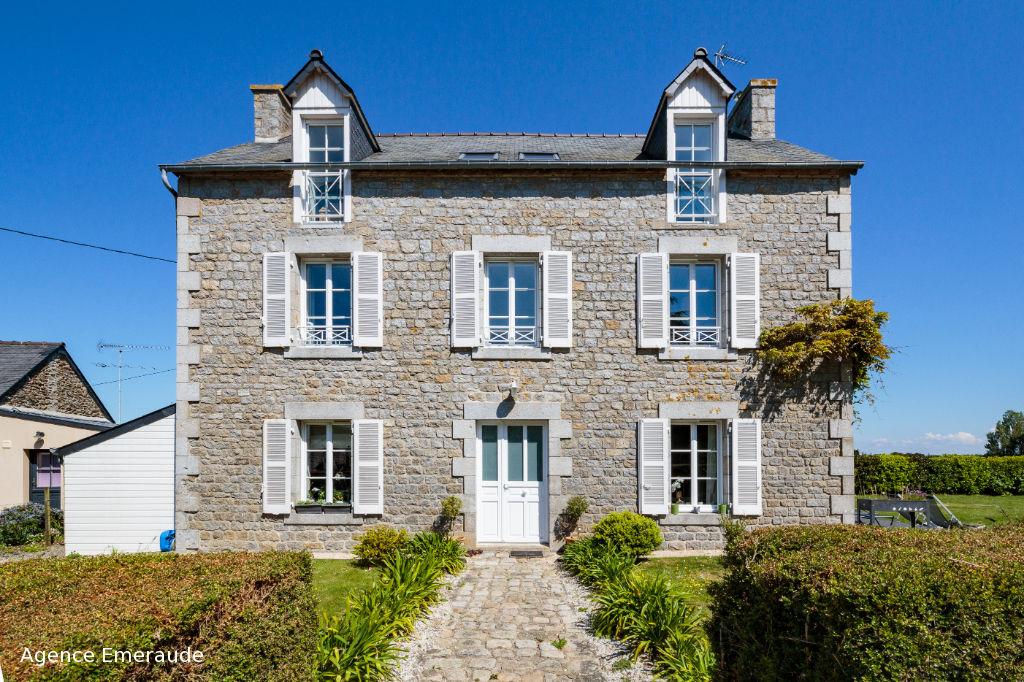 Maison Pleurtuit 7 pièce(s) 195 m² 6 chambres 3 sde terrasse jardin garage