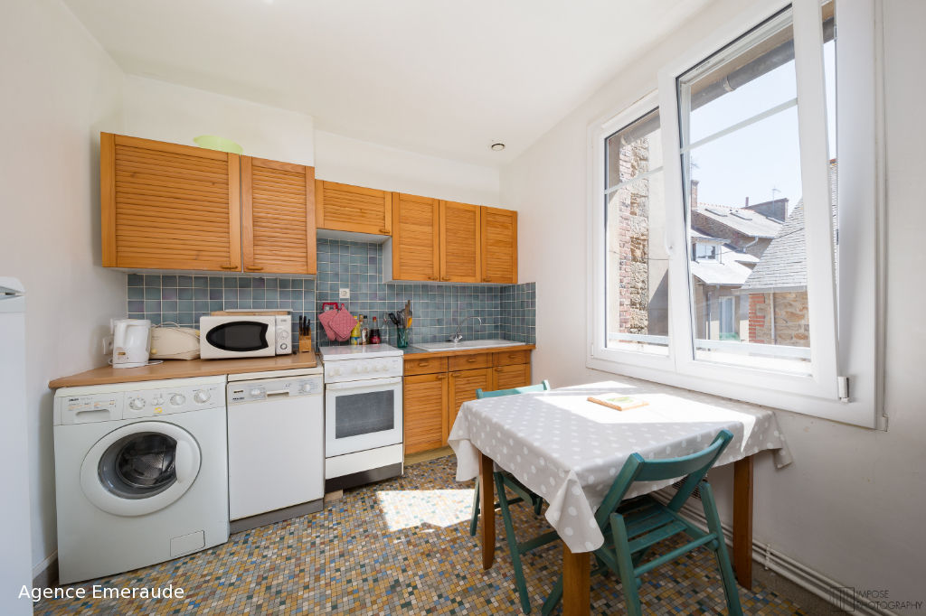 Appartement Dinard 3 pièce(s) 54 m² Hyper centre -dernier étage - parking - cave - grenier
