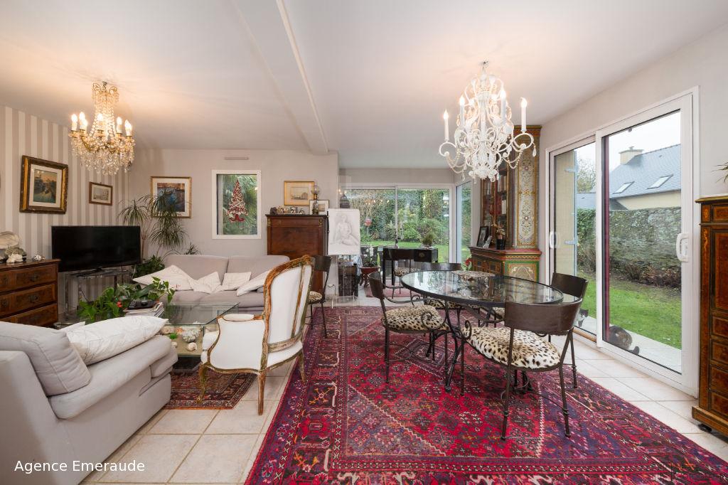 Maison Le Minihic Sur Rance 5 pièces 115 m² rue calme et proche commodités