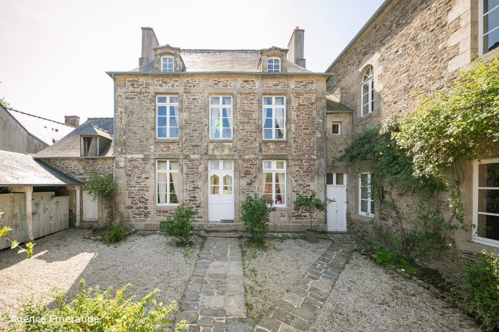 Maison Plouër-sur-rance 341 m² habitable terrain de 1420 m² ancienne école - cour-jardin-chapelle