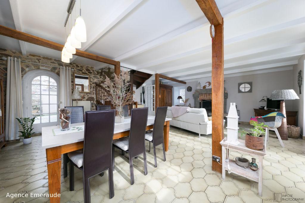 Maison Langrolay-sur-rance 6 pièces 175 m² - centre-bourg - la rance accessible à pied