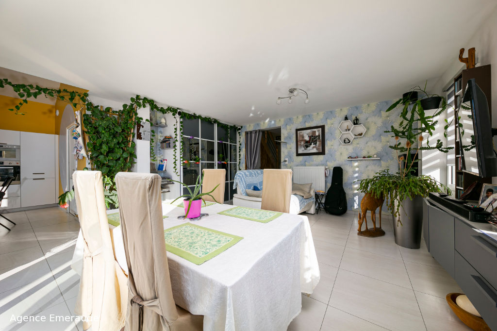 Maison 5 pièce(s) Saint Lunaire proche plage et commerces, chambre et salle d'eau au rdc