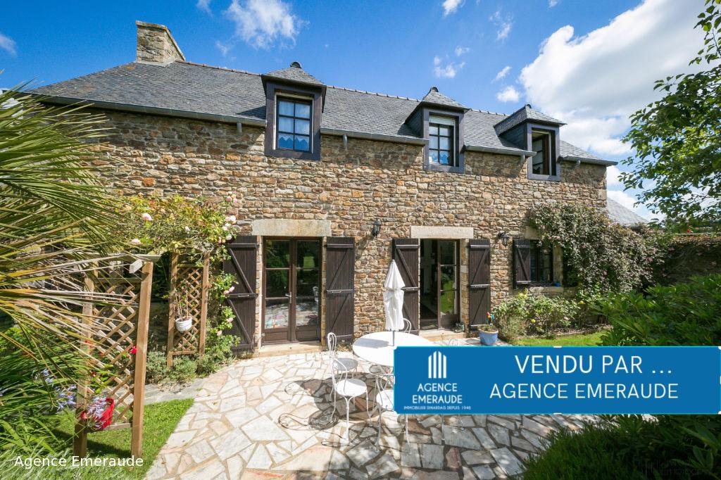 Maison Tréméreuc 6 pièce(s) 150 m² jardin de 688 m² bords de frémur dinard à 10 minutes