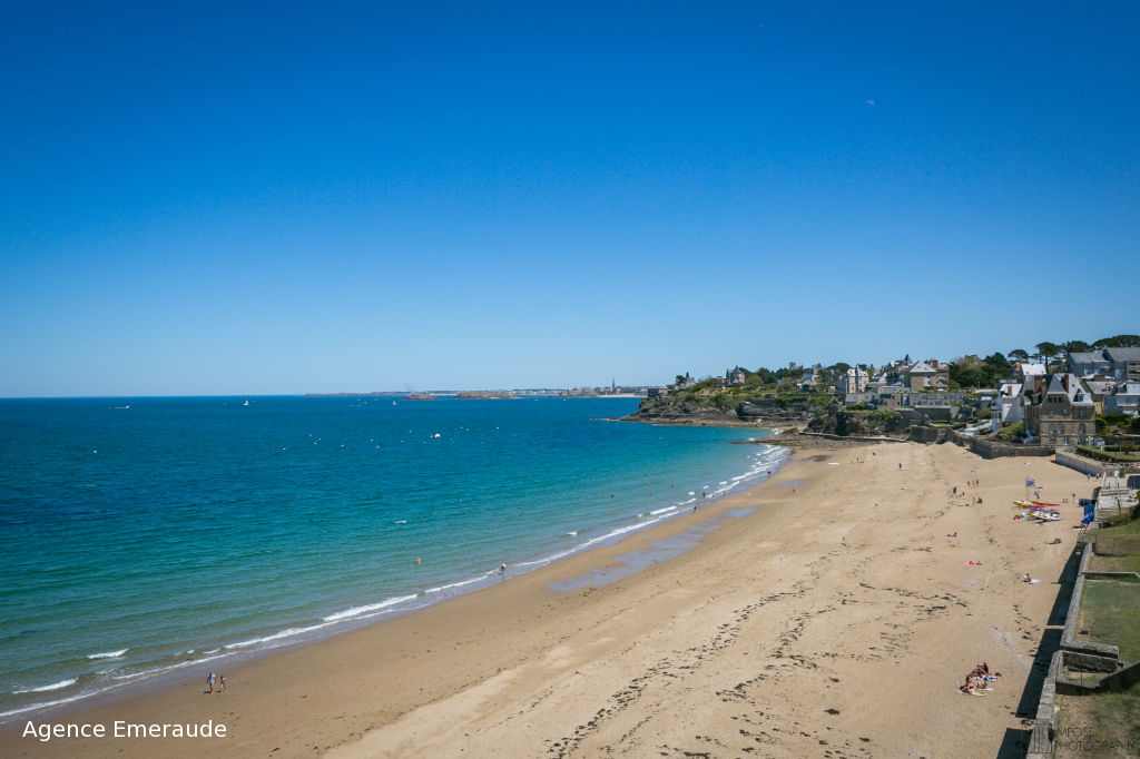 Appartement Dinard vue sur mer 4 pièce(s) 91.63 m² accès direct à la plage de st Enogat