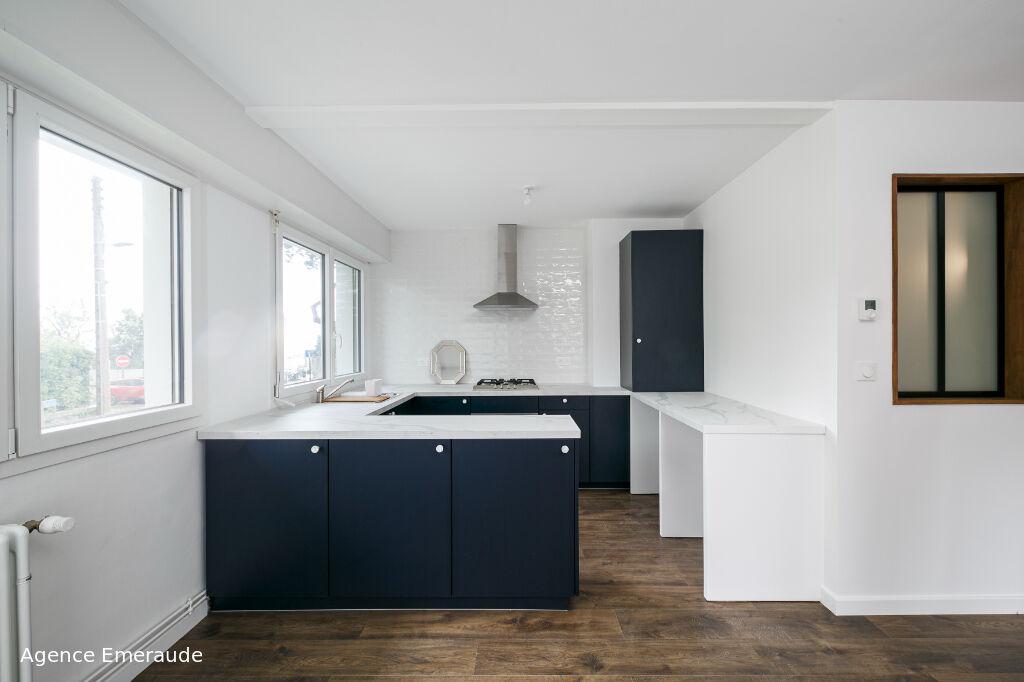Appartement Dinard 2 pièce(s) 52.85 m² à deux pas de la plage de Saint-Enogat