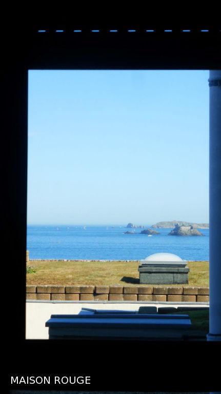 T2 ST ENOGAT vue mer avec terrasse et garage