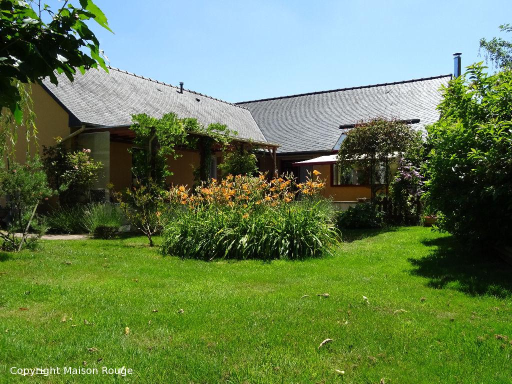 Maison plain pied d'archiecte  140 m2 sur jardin de 1973 m²
