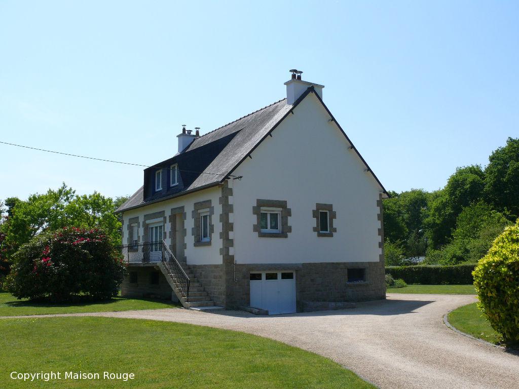 Proche Dinan : néo bretonne sur 2700m² de terrain