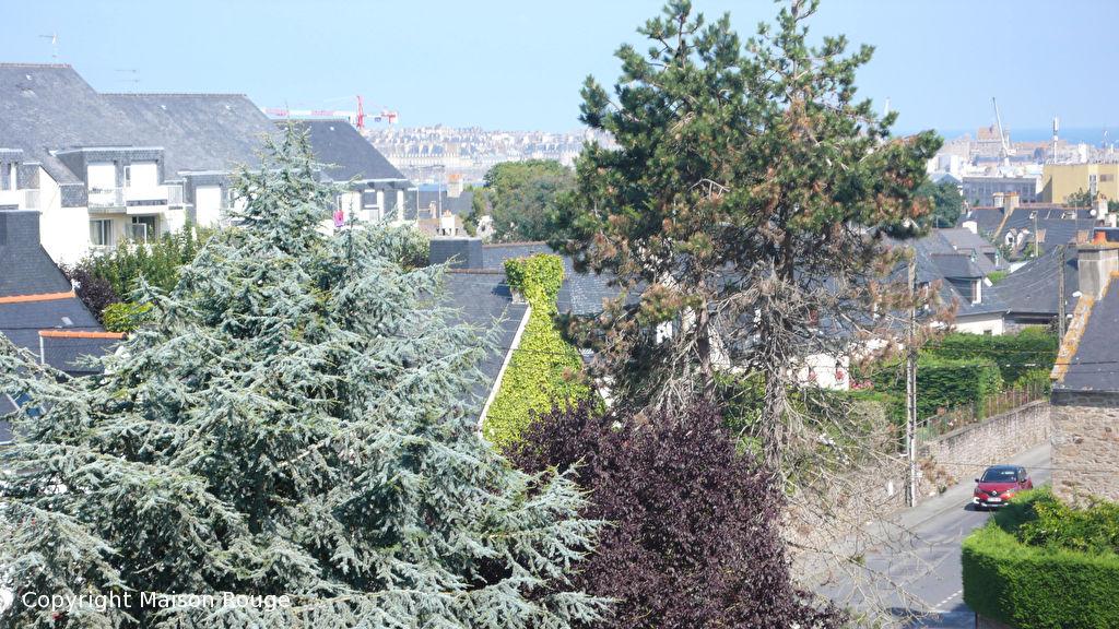 Appartement T2 Saint Malo avec vue dégagée - balcon et stationnement privé