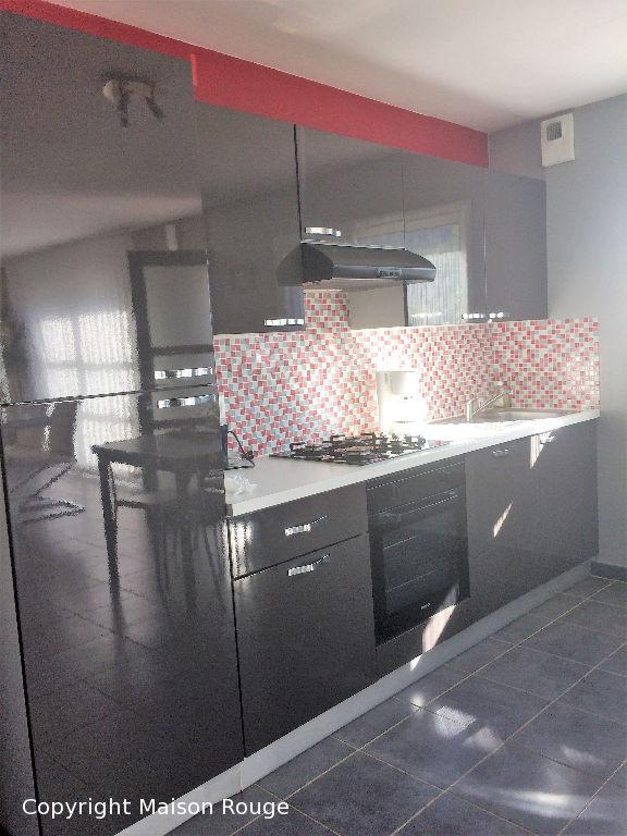 Maison  5 pièce(s) 101 m2