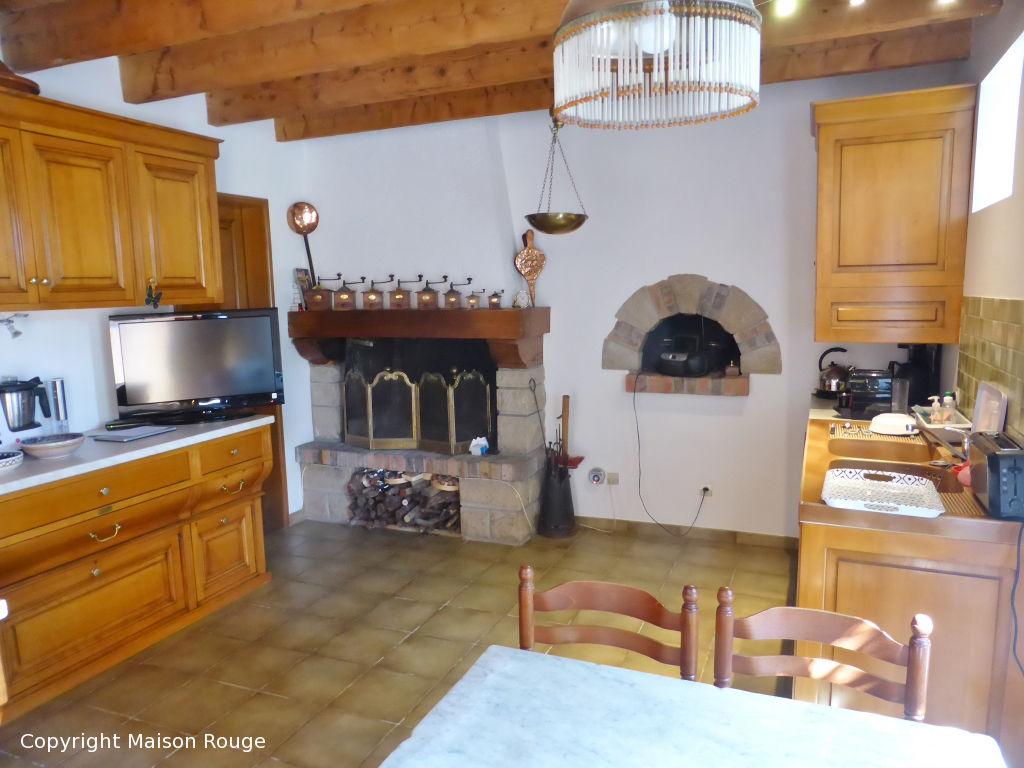 Maison  7 pièce(s) 210 m2