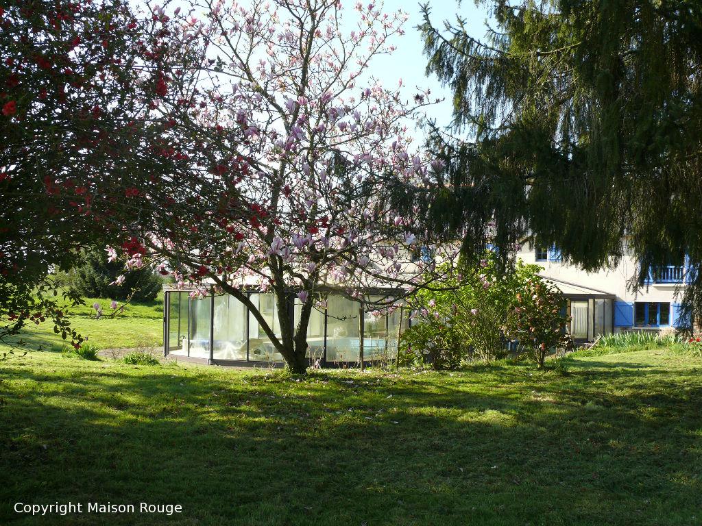 Axe Rennes/Saint MALO : grande maison avec piscine sur 1.5 hectares