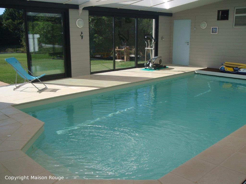 Spacieuse contemporaine avec piscine et vue RANCE
