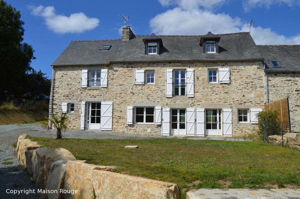Maison en pierres rénovée en 2019 sur 700 m²