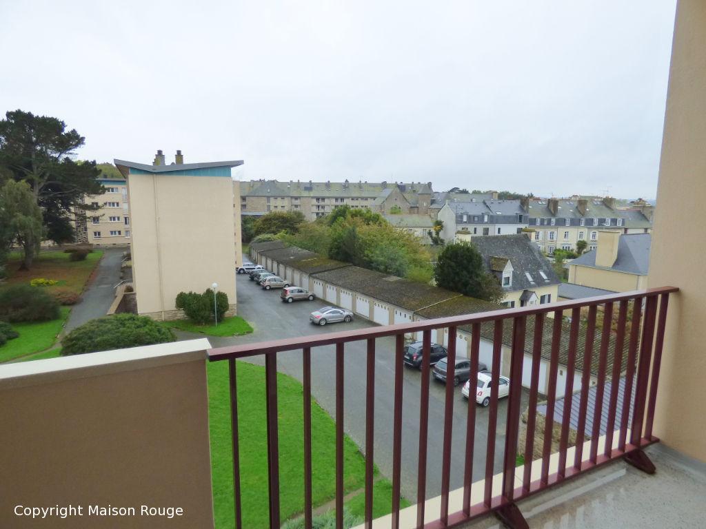 Appartement ST SERVAN 3 pièces 74 m2
