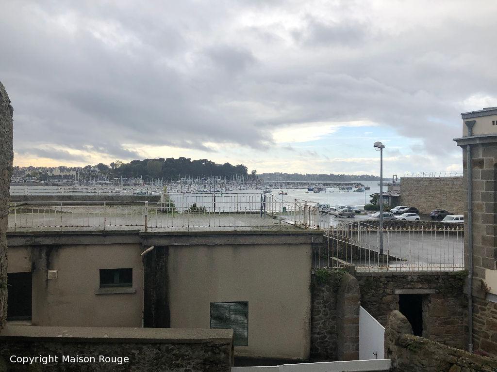Appartement St-Malo St-Servan 5 pièces sur 2 niveaux avec vue sur le port