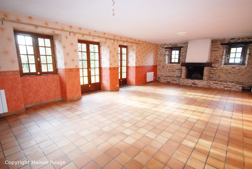 Longère 144m²  sur terrain de 13680 m²