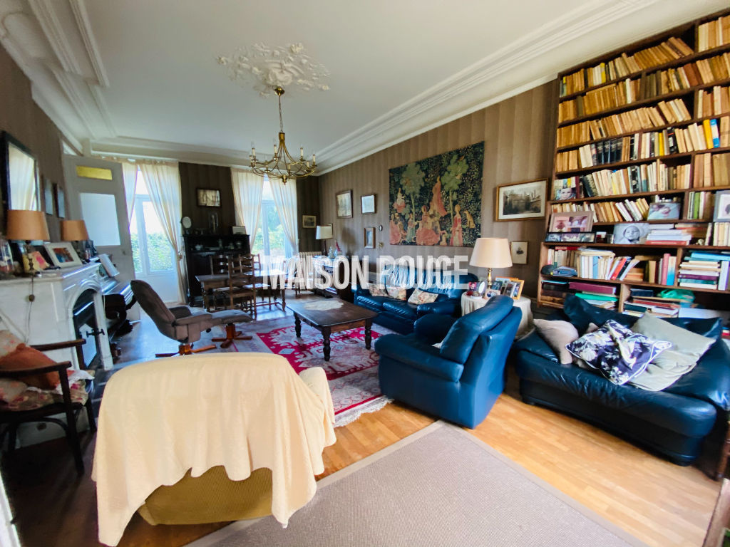 Maison Dinard 10 pièce(s) 234 m2