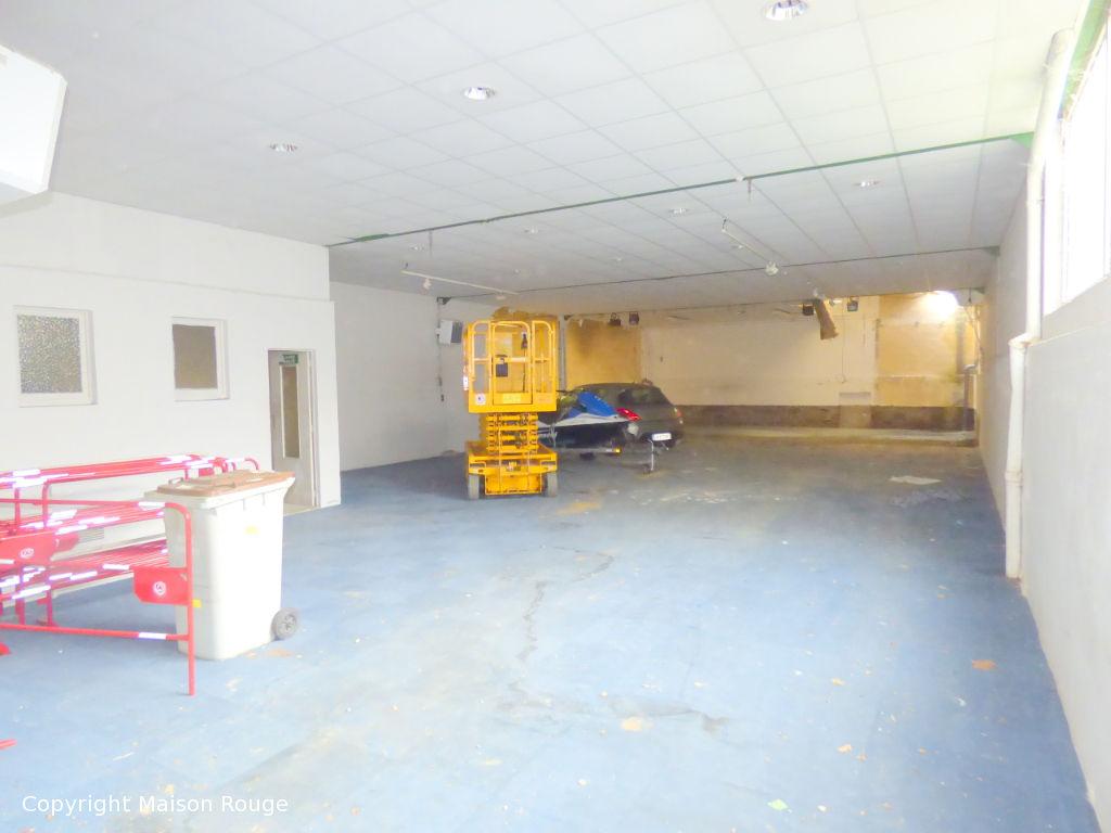 Hangar hyper centre de saint Malo aménageable en loft