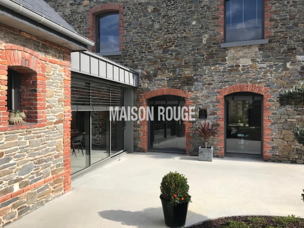 Maison entièrement restaurée - DOL-DE-BRETAGNE (Centre-ville)