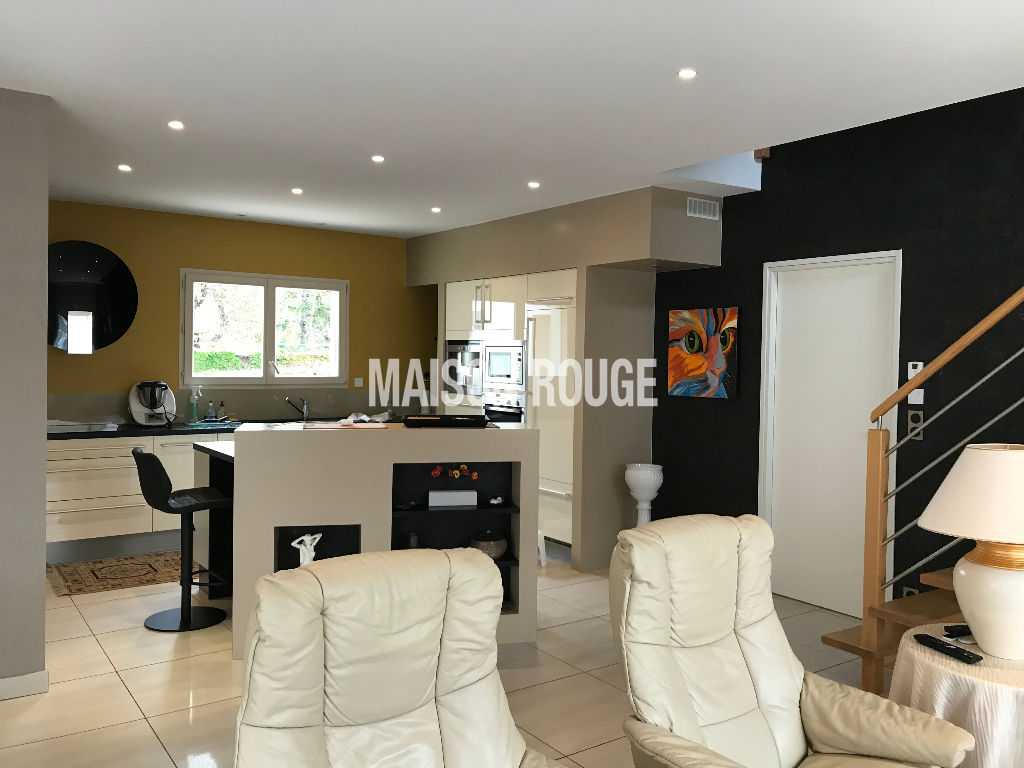 Maison Pleurtuit  136 m2- CALME ET CONFORT EN CENTRE VILLE