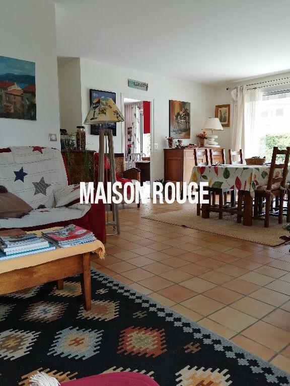 PLOUBALAY-BEAUSSAIS SUR MER Maison 6 PP .Chambre en Rdc.