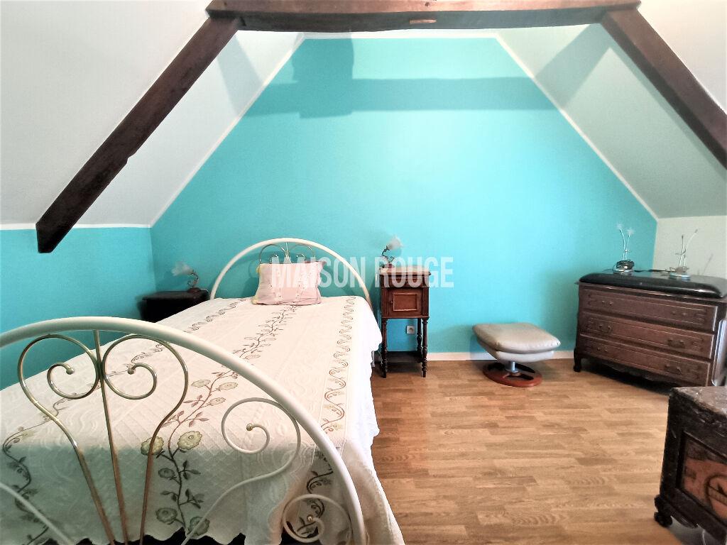 A VENDRE- MAISON EN PIERRE - TYPE 7 - 125 m² - TREMUSON -