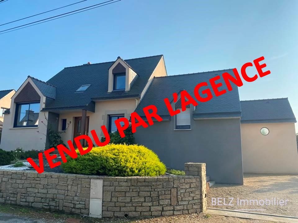 MORBIHAN SUD Maison Belz 56550 belle maison traditionnelle 4 chambres + 1 appartement indépendant 1 piscine 1 terrain de 956m²