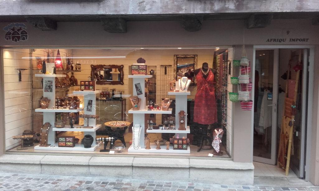 A vendre droit au bail ou fonds de commerce Bijoux et accessoire emplacement N°1 centre ville de Quimper