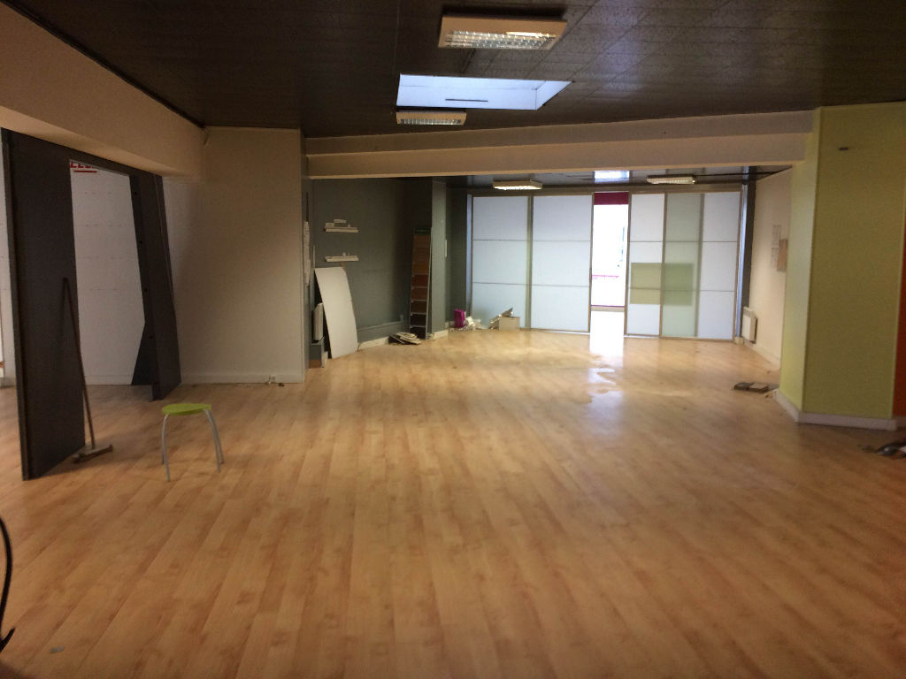Local commercial Brest 468m²