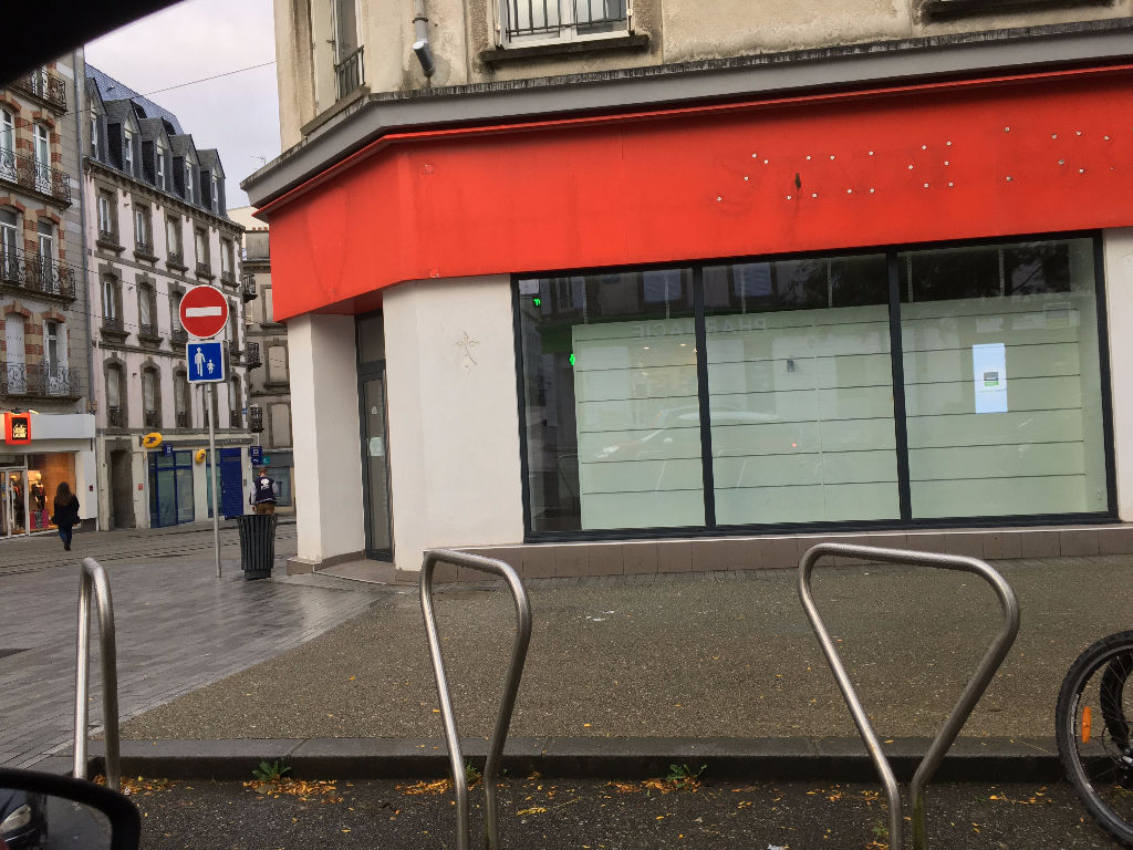 BREST Local commercial Brest rue Jean Jaures 140 m2