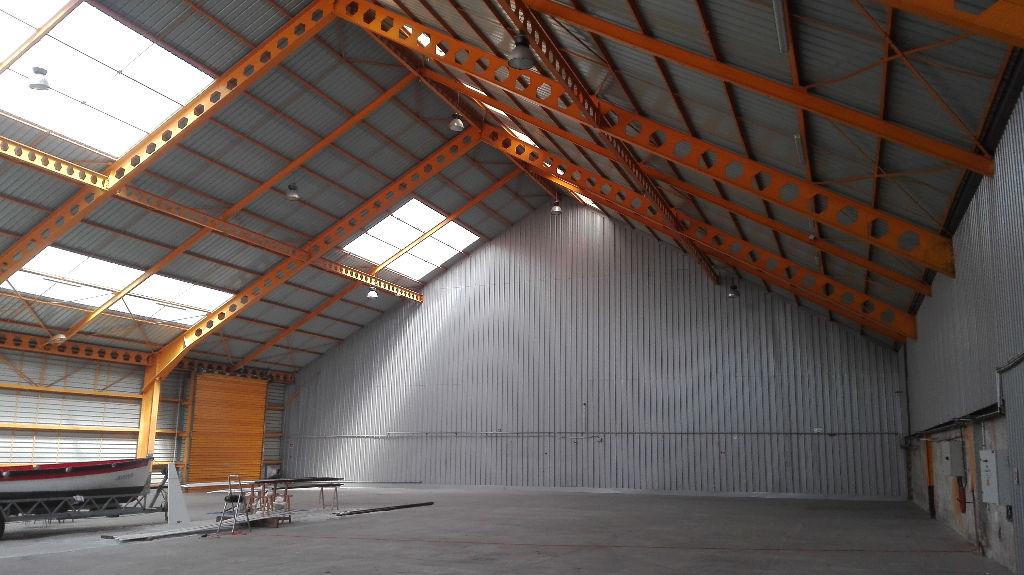 Local d'activité  1200 m2 port de brest