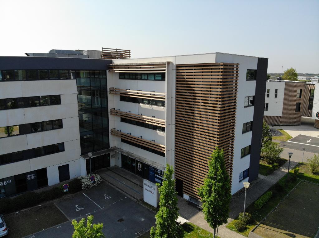 A louer Bureaux 67 m² - Aéroport - BREST-GUIPAVAS