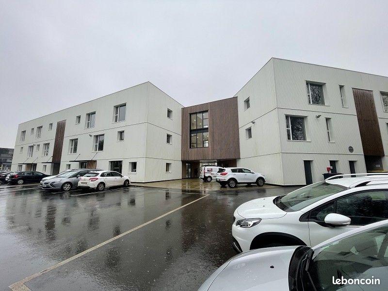 Brest aéroport  bureaux à vendre