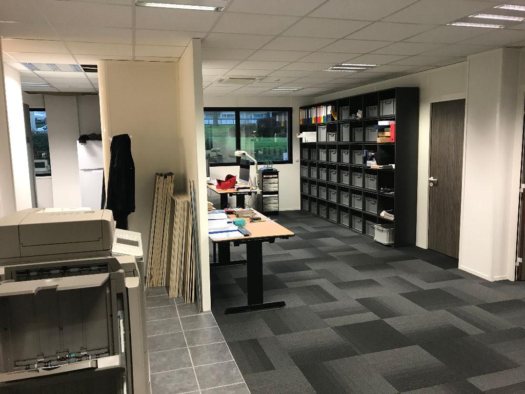 A vendre Bureaux 125 m² Zone de kergaradec à Brest - Gouesnou.