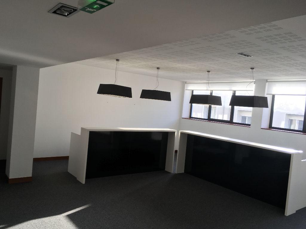 Brest centre ville, à vendre  Bureaux de 265 m²