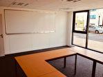 A vendre  local  241 m² de bureaux en RDC Aéroport de Brest Guipavas. 16/18