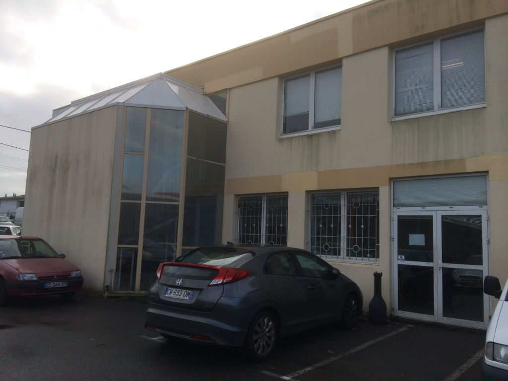 Bureaux BREST  540 m2  Location bureau Brest - Bureaux à louer Brest - à louer  Finistère immobilier entreprise Bretagne local commercial 29