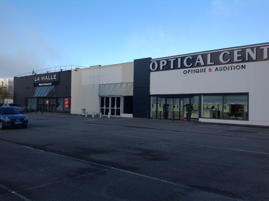 BREST ( Boulevard de Plymouth)Local commercial 480 M²