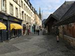 A VENDRE fond de commerce situé au centre ville historique de Quimper 29 000.