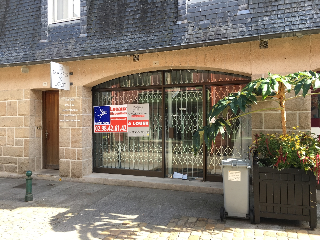 A VENDRE local commercial  de 28 m2 au centre ville 29000 QUIMPER