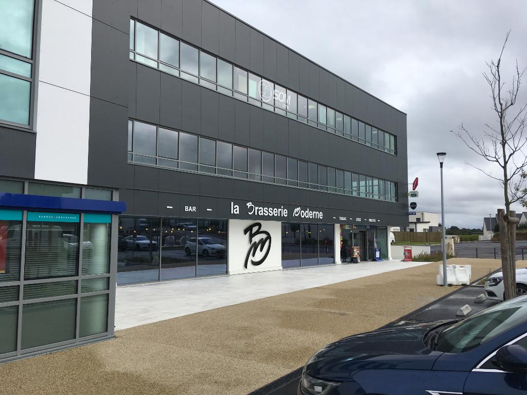 A louer bureaux neufs Bd de l'Europe Guipavas 207 m2 immeuble LE VENISE