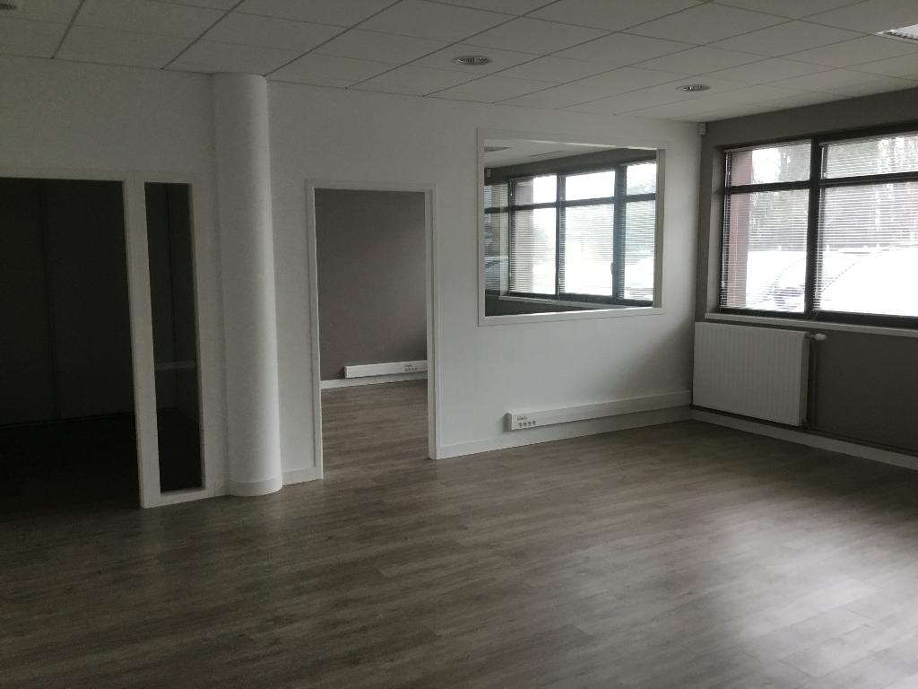 BRETAGNE FINISTÈRE BREST aéroport  BUREAU À LOUER  60 m²