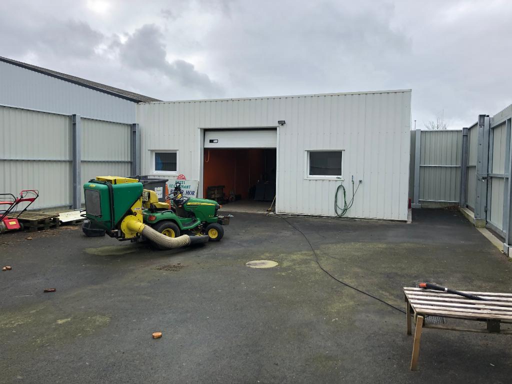 Local d'activité Lesneven 500 m²