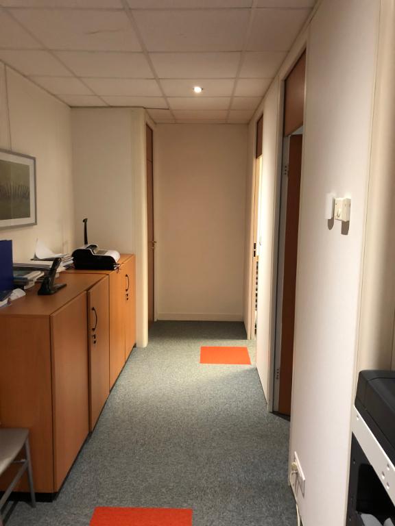 A louer zone du kergaradec Bureaux  140 m2