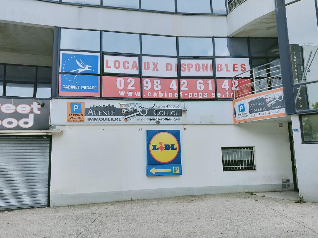 A louer Brest Bureaux Place de Strasbourg 101 m² Location bureau Brest - Bureaux à louer Brest - à louer Finistère immobilier entreprise Bretagne local commercial 29