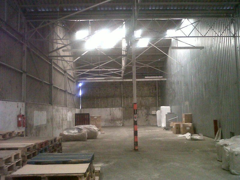 A louer saint martin des champs entrepot 400 m2