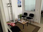 A louer un local de bureau de 70 m², avec vitrine sur rue, excellente visibilité, centre ville de 29 000 Quimper 4/14