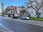 À louer un local d'activité commerciale ou tertiaire de 103 m² en RDC et 52 m² en sous sol, emplacement N°1, centre ville Quimper (29 000). 2/15